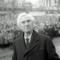 Sig. Burioni, giù le mani da Lord Bertrand Russell! Lei ha superato ogni limite, quella teiera l'ha fatta a pezzi!